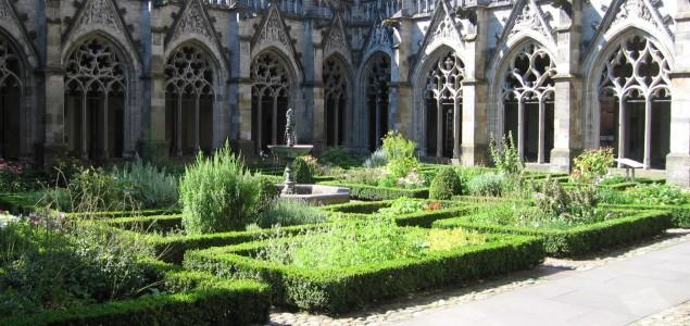 Pandhof-Domkerk-Utrecht, ook daar stadsspelen van WAVE Citygames