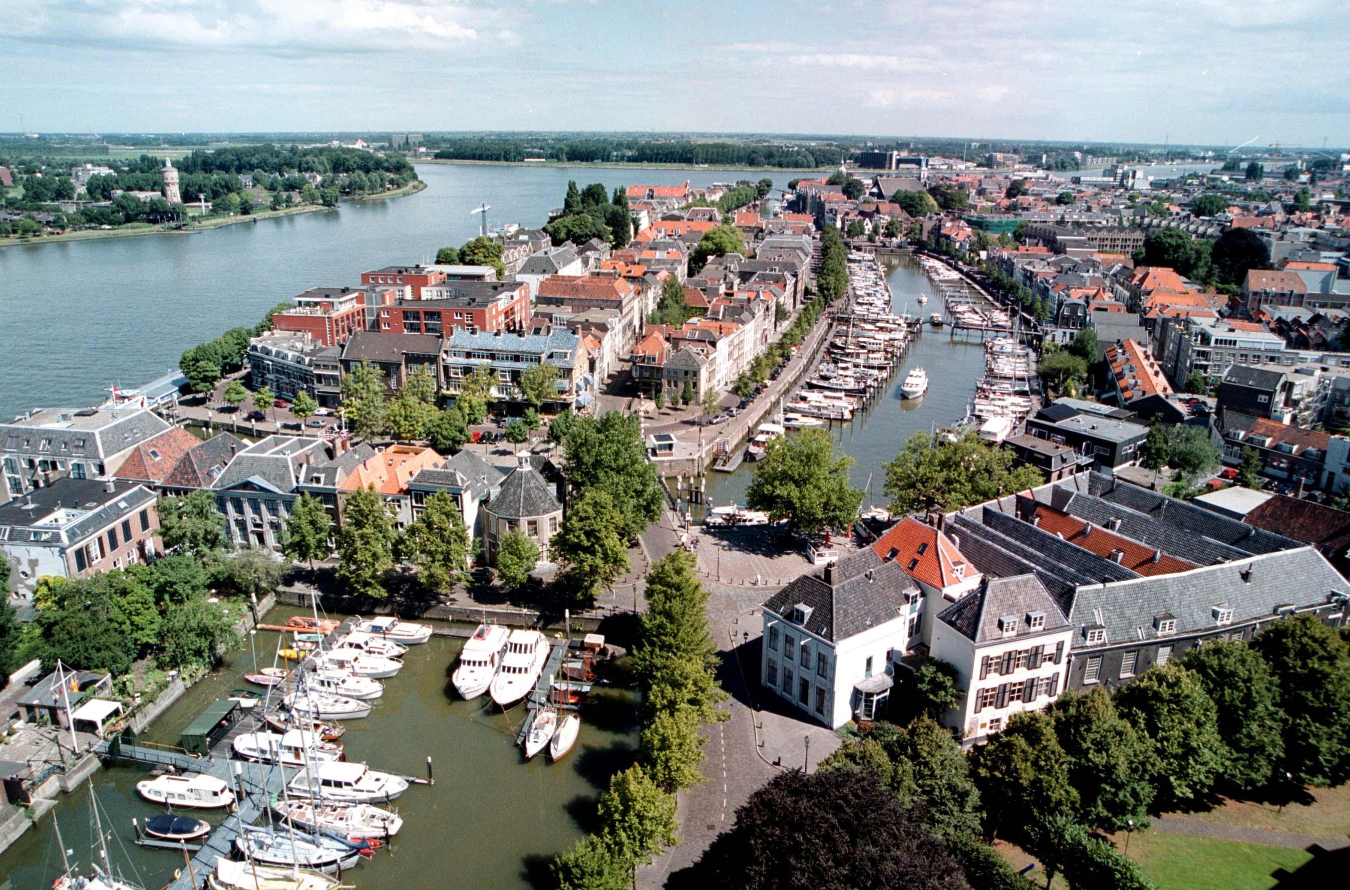 uitjes in Dordrecht: www.wave-citygames.nl/activiteiten-in-plaatsen/nederland/uitjes-in...